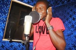 DJ RAYCLEV  NIGERIA NO1 STREET MIX DJ - www.vkbmusic.com No1 Nigeria Blog Site